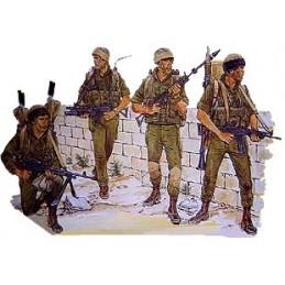 DR3001 ISRAELI PARATROOPS 1/35