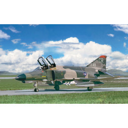 IT2770 F-4E PHANTOM II