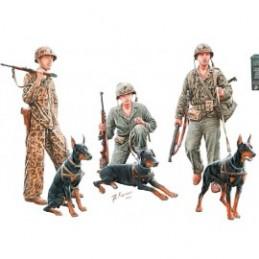 MB35155 Cani in servizio al...
