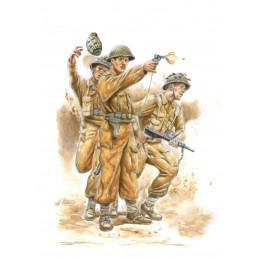 IT15604 WWII BRITISH...