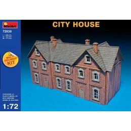 MA720301/72 CITY HOUSE