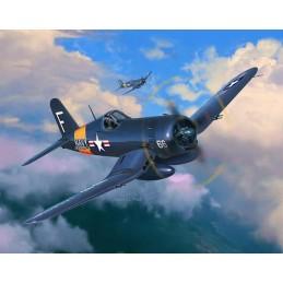 RV03955 F4U-4 Corsair 1/72