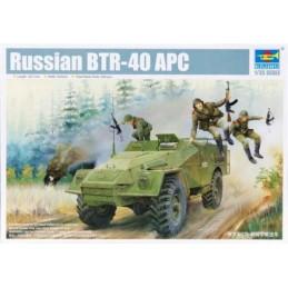 TR 05517 RUSSIAN BTR-40 APC...
