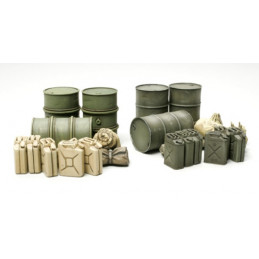 TA32510 1/48 Jerry Can Set