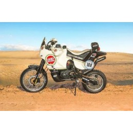 IT4643 1/9 Cagiva...