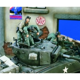 VE1575 US Tankcrew Bailing...